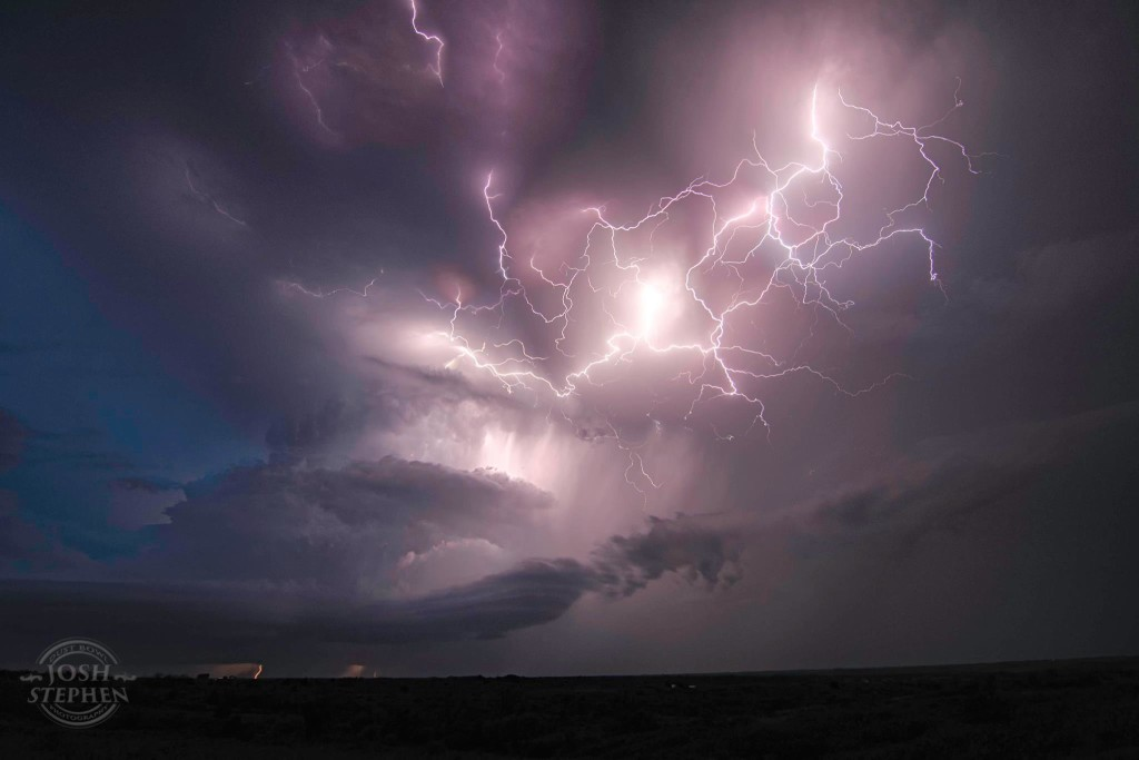 lightning transformer, lightning transformer video, lightning strikes transformer video, lightning strikes transformer in florida video