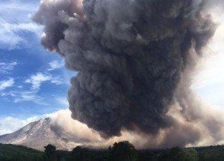 sinabung june 2015 video, sinabung volcano eruption video june 19 2015, volcano eruption june 19 2015 sinabung, sinabung volcano eruption june 19 2015, sinabung volcano eruption june 19 2015 video, video of sinabung volcano eruption june 19 2015, giant pyroclastic flow sinabung june 2015
