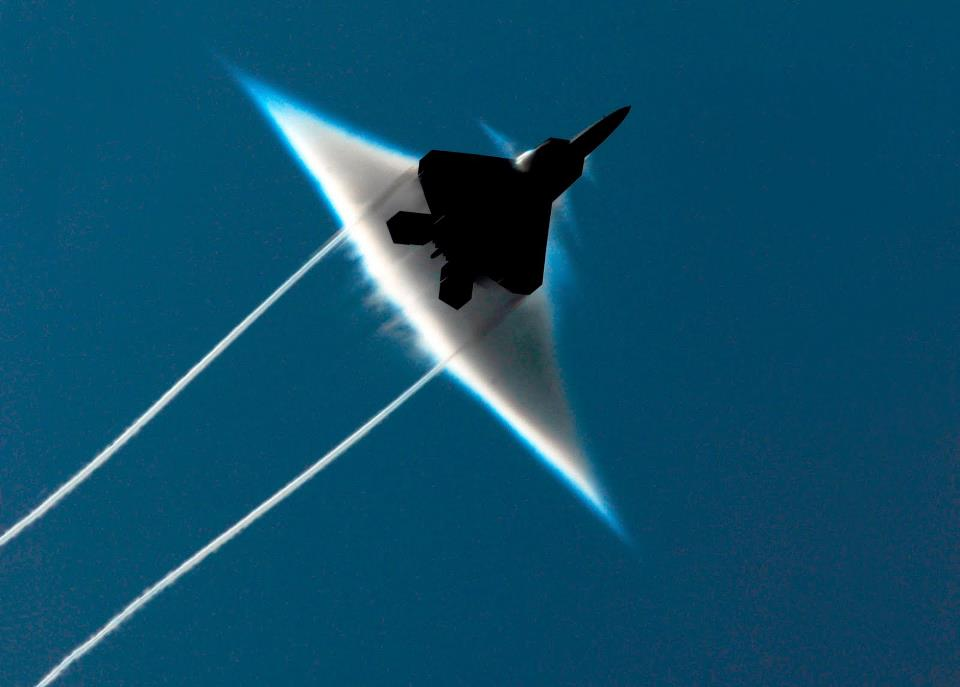 sonic boom, Loud boom heard and felt around the Lowcountry, loud boom south carolina june 5 2015, army jet sonic boom, loud boom Charleston County, Charleston County boom SC, south carolina boom june 5 2015, loud noise south carolina june 5 2015