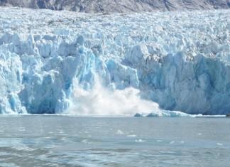 giant earthquake iceberg greenland, earthquake greenland, greenland earthquake iceberg calving, iceberg calving giant earthquake greenland