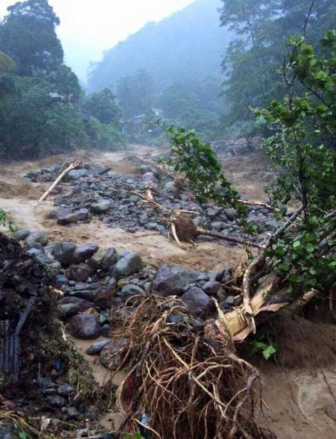 dominica flooding erika, floods dominica august 2015, dominica flooding erika video, dominica flooding erika photo, dominica erika tropical storm floods