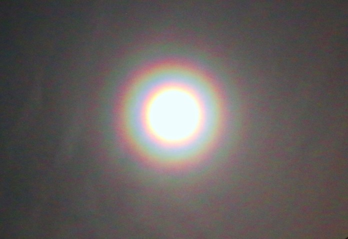 lunar halo, moon halo, ring around the moon, ring around the sun, lunar halo august 2015, best lunar halo picture, picture of lunar halo