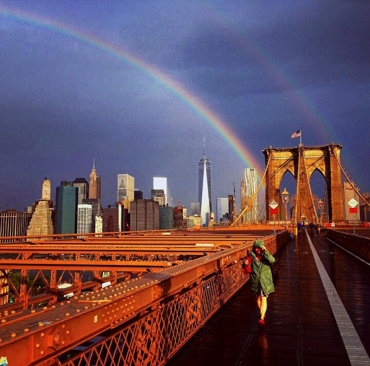 9/11 memorial, rainbow NY september 10 2015, rainbow appears over New York one day before commemoration day, amazing rainbow new world trade center september 10 2015, rainbow appears over Manhattan september 10 2015