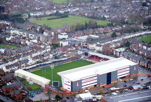 A mysterious explosion shook Kingsholm, Gloucester on September 9 2015. Do you know what it was?, mysterious booms news, mystery booms september 2015, loud boom september 2015, mystery boom uk 2015