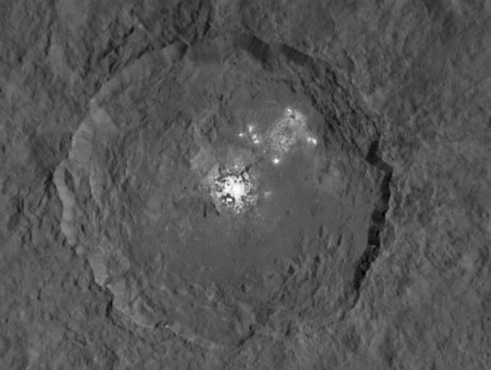 ceres mysterious spots, ceres mysterious bright spots, ceres bright spot new photo, ceres mysterious spot dawn spacecraft, ceres mysterious spots photo HD, new pictures ceres mysterious spots, The Occator crater and its mysterious bright spots., Look at the amazing details compared to the June 2015 picture. The Dawn spacecraft has now a 3x better resolution.