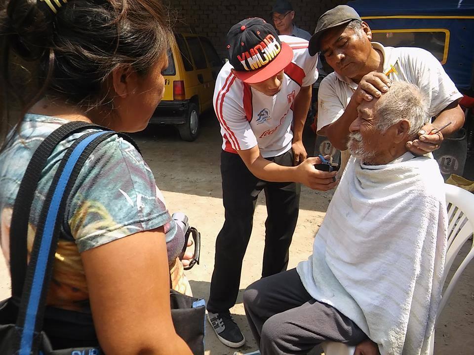 homeless help, homeless relook, homeless man relooked in Peru, wave of generosity, awesome gesture, please help homeless, help homeless people