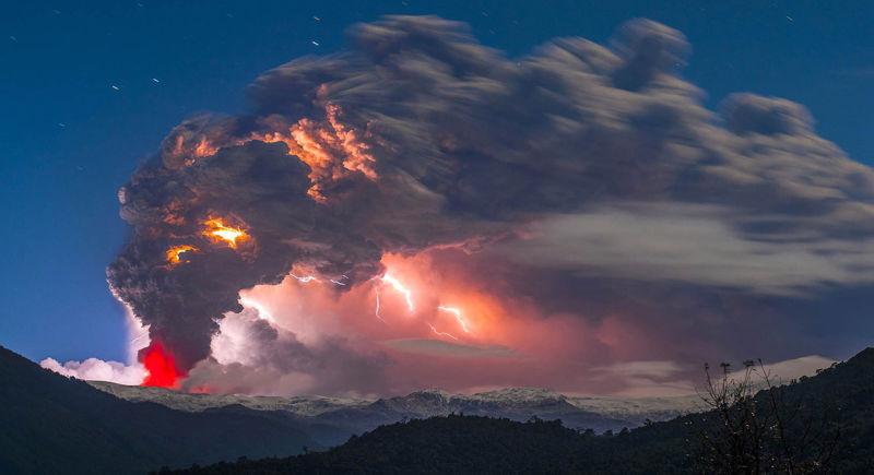 volcano lightning, lightning lightning volcano eruption, volcano eruption lightning, volcano pictures, volcano eruption picture, best picture of volcano lightning, volcano lightning pictures