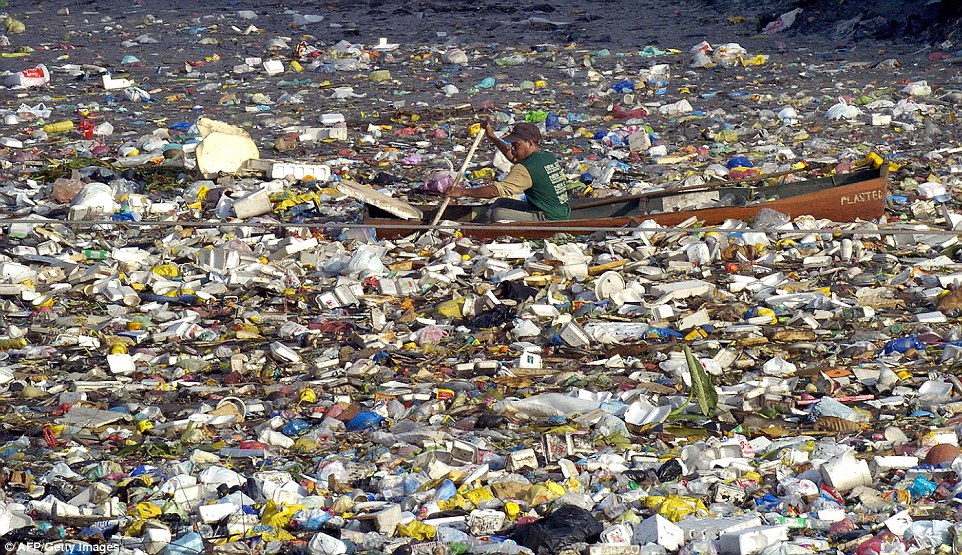 ocean garbage patch, ocean garbage patches, ocean garbage patch video, ocean garbage patches video, Watch the ocean's five islands of garbage form over the last 35 years, garbage islandsocean, ocean garbage islands, 5 ocean garbage islands, Garbage Patch Visualization Experiment, Garbage Patch Visualization