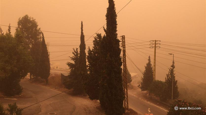 sandstorm lebanon, apocalyptical sandstorm lebanon, sandstorm lebanon kills 2 and hospitalize 170, 2 killed and 170 hospitalized after sandstorm in lebanon, unprecedent sandstorm lebanon, apocalyptic sandstorm lebanon