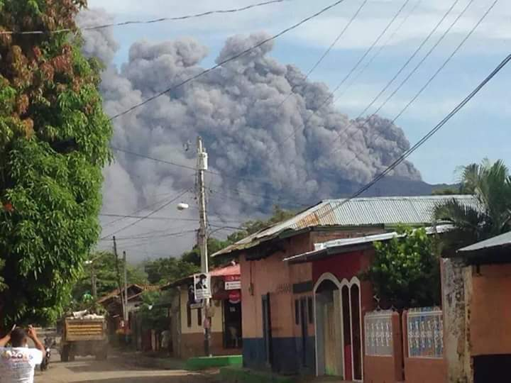 telica volcano eruption sept 23 2015, telica volcano eruption sept 23 2015 pictures, telica volcano eruption sept 23 2015 photo, telica volcano eruption sept 23 2015 video, telica volcano eruption sept 23 2015