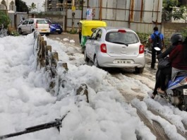 toxic foam Bellandur lake, toxic foam Bellandur lake bangalore picture and video, Bellandur lake pollution, toxic froth Bellandur lake, toxic foam Bellandur lake bangalore, toxic foam Bellandur lake photo, toxic foam Bellandur lake pictures, , Bellandur lake pollution, Bellandur lake bangalore pollution, Bellandur Lake in Bengaluru full with Toxic foam, Bellandur Lake in Bengalore full with Toxic foam