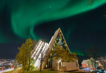 church aurora, Strong auroras over famous Arctic Cathedral, URBAN AURORAS, aurora engulf church, aurora church picture, church aurora picture, best aurora picture, when nature meets religion, aurora religion, Auroras created a halo around the Arctic Cathedral.
