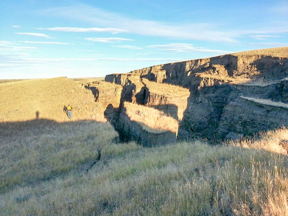 giant crack wyoming, giant crack Big Horn Mountains wyoming, giant crack Big Horn Mountains wyoming pictures, giant crack opens in earth wyoming october 2015, giant crack wyoming photo october 2015