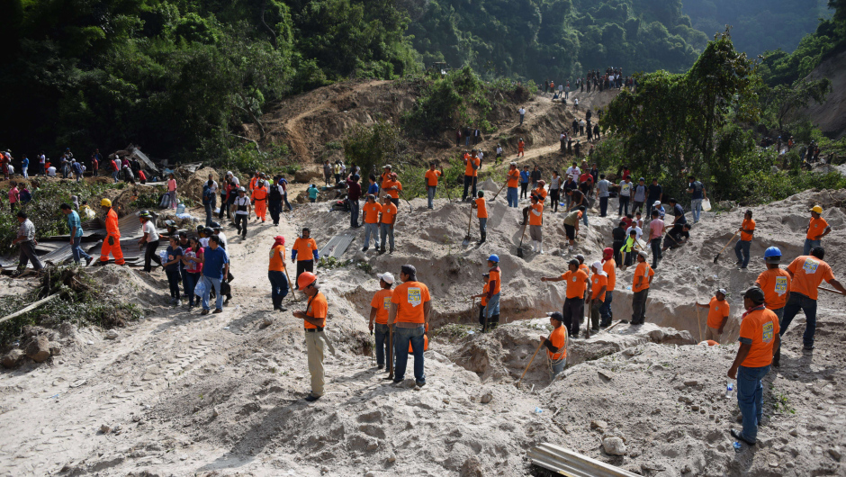 landslide guatemala october 2015, guatemala landslide, guatemala landslide photo, guatemala landslide video