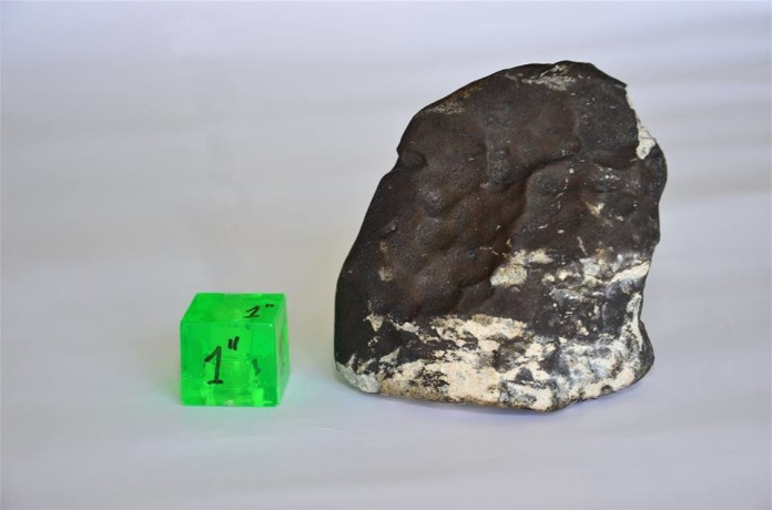 meteorite san carlos, meteorito san carlos, meteorito de san carlos, meteorite san carlos uruguay, meteorite san carlos uruguay october 2015, meteorite falls in Uruguay, meteorite destroys farm in Uruguay, uruguay meteorite falls on farm, An image of the meteorite that fell in San Carlos, Uruguay. Photo: Meteorite de San Carlos