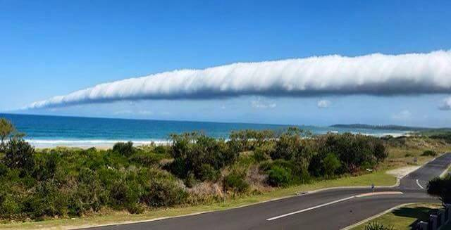 roll cloud australia, roll cloud picture, best roll cloud picture, best roll cloud australia, beast roll cloud australia picture, Roll cloud awes New South Wales residents in Australia