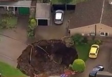 sinkhole st-alban hertfordshire, sinkhole st-alban hertfordshire photo, sinkhole st-alban hertfordshire video, sinkhole st-alban hertfordshire near london, giant sinkhole sinkhole st-alban hertfordshire october 1 2015