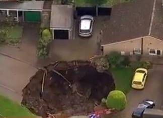 sinkhole st-alban hertfordshire, sinkhole st-alban hertfordshire photo, sinkhole st-alban hertfordshire video, sinkhole st-alban hertfordshire near london, giant sinkhole sinkhole st-alban hertfordshire october 1 2015