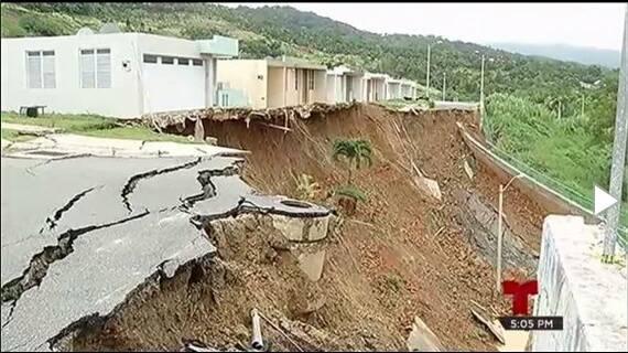 ceiba landslide, ceiba landslide pictures, ceiba landslide video, Derrumbe en Ceiba, Familias afectadas por derrumbe en Ceiba