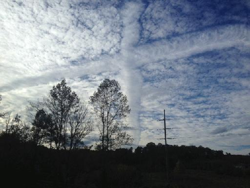 cross-shaped cloud, cross-shaped cloud alabam, cross s picture, cross shaped cloud alabama picture, cross shaped cloud november 3 2015 picture, And suddenly a cross appeared in the sky of Alabama