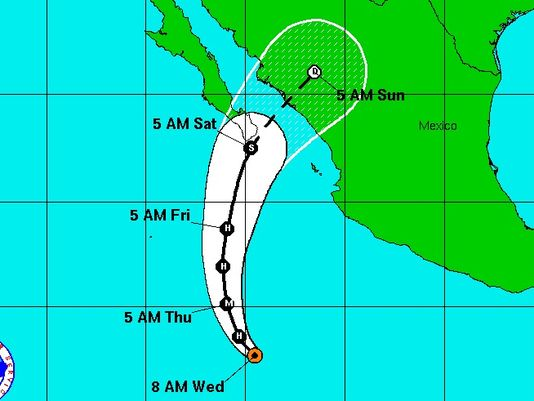 hurricane sandra, hurricane sandra landfall, hurricane sandra november 2015, hurricane sandra records, hurricane sandra breaks records, creepy hurricane sandra, hurricane sandra landfall mexico november 2015, Hurricane Sandra should make landfall in Mexico on November 29, 2015. Photo: National Hurricane Center