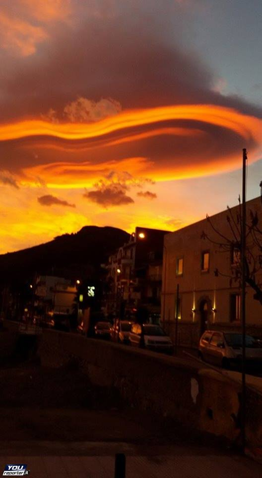 lenticular clouds italy, lenticular clouds lotejanni italy, lenticular clouds etna italy, sky on fire, lenticular cloud picture, This fiery lenticular cloud formed in the sunset sky of Italy on November 21 2015, As if the lenticular cloud was about to swallow up Mount Etna.