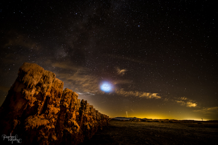mysterious explosion salton sea, mysterious explosion salton sea gif, mysterious explosion salton sea pictures, strange lights LA, mysterious lights LA and san diego, missile lauch socal november 7 2015, This amazing gif features the insane explosion observed from Salton Sea on November 7 2015. Coincides with the Tident II missile launch