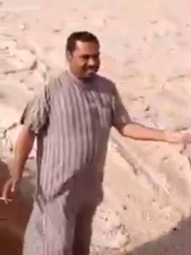 river of hail irak, River of hail in Iraqi desert, river of hail desert irak, river of haildesert irak video, river of haildesert irak video and picture, river of hail irak video, ice floods irak desert, River of hail in Iraqi desert video, River of hail in Iraqi desert: This man is asking himself but what the heck is going on in my country?