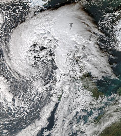 Storm Abigail, Storm Abigail pictures, Storm Abigail photos, Storm Abigail uk pictures, Storm Abigail november 2015, Storm Abigail foam apocalypse, Storm Abigail foam, Storm Abigail foam apocalypse video