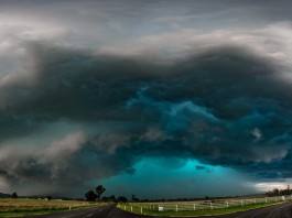 terrifying clouds brisbane storm november 2015, brisbane storm november 29 2015, green clouds brisbane storm november 29 2015, apocalyptic storm brisbane november 2015, terrifying clouds engulf brisbane november 2015, brisbane storm pictures, insane storm destroys brisbane november 2015 picture, insane cloud brisbane storm 2015, green cloud storm brisbane november 29 2015 pictures
