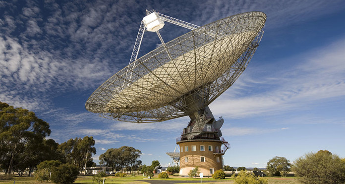 twin fast radio burst, twin fast radio burst detected, twin fast radio burst november 2015, More mysterious extragalactic signals detected, More mysterious extragalactic signals detected at parkes telescope in australia, Five more fast radio bursts have been detected at the Parkes radio telescope in Australia november 2015, alien message detected at parkes in november 2015, mysterious alien burst detected at parkes to reveal mysterious origin of fast radio burst, Five more mysterious extragalactic signals detected comprising the first ever twin fast radio burst were detected at the Parkes radio telescope in Australia
