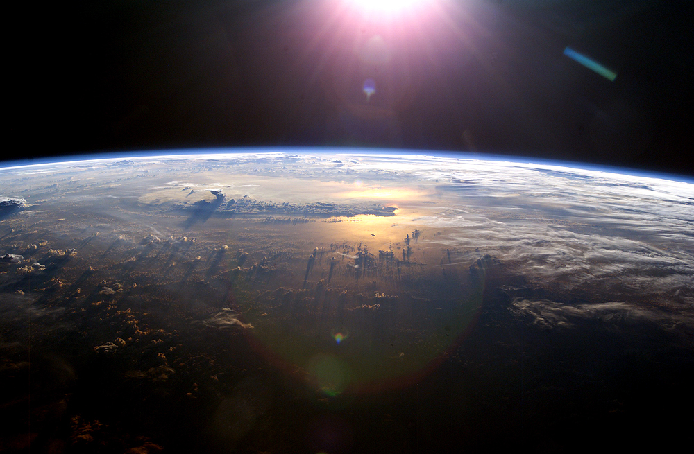 cloud shadow space, Cloud shadows as seen from Space, Cloud shadows as seen from Space pictures,