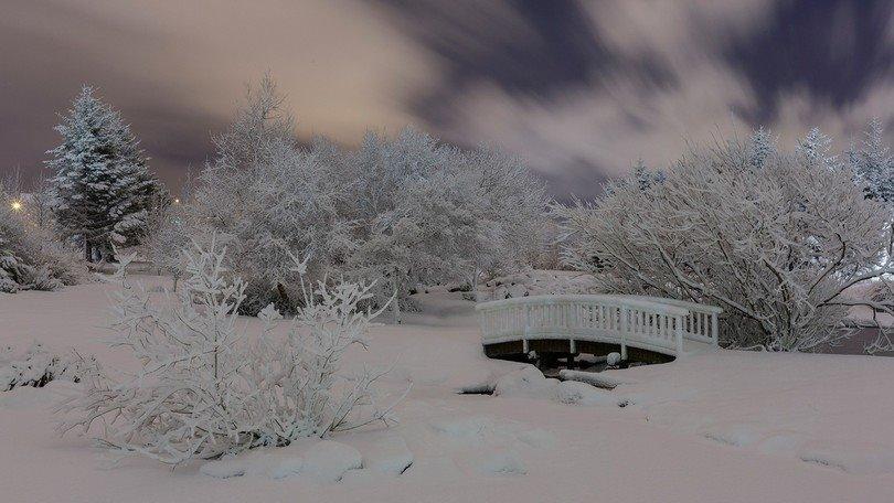 iceland weather, iceland record snow, worst storm in 25 years iceland, iceland worst storm 2015, worst storm in 25 years hit iceland december 2015, iceland extreme weather, strong winds and snow in iceland, iceland extreme snow and storm december 2015