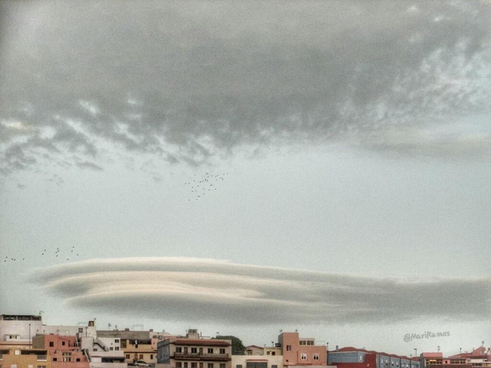 lenticular cloud, lenticular cloud picture, incredible lenticular cloud, best lenticular cloud pictures, best lenticular cloud photo, lenticular cloud december 2015