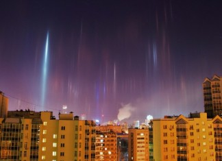 light pillars, pillars of light, light pillar pictures, Mysterious Sky Shows, light pillar, strange sky phenomenon, mysterious sky phenomena