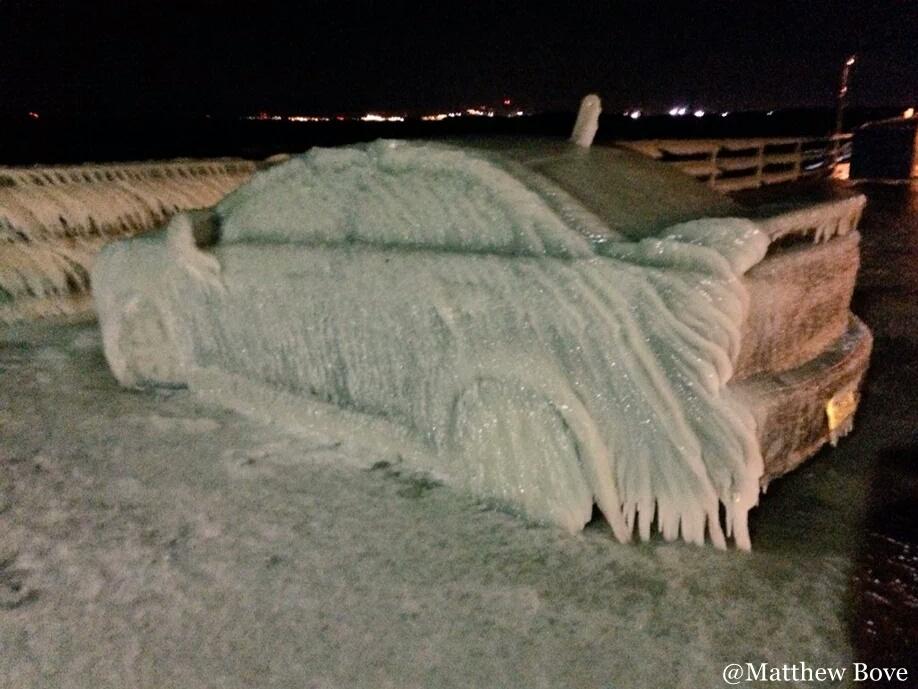 buffalo blizzard, buffalo blizzard january 2016, buffalo blizzard ice car, buffalo blizzard ice car pictures, buffalo blizzard ice car video, buffalo blizzard pictures