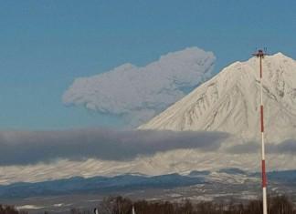 kamchatka Zhupanovsky volcano eruption january 2016, kamchatka volcano eruption january 2016 pictures video, video Zhupanovsky eruption january 2016, russia volcano eruption, kamchatka volcano eruption, new volcanic eruption january 2016