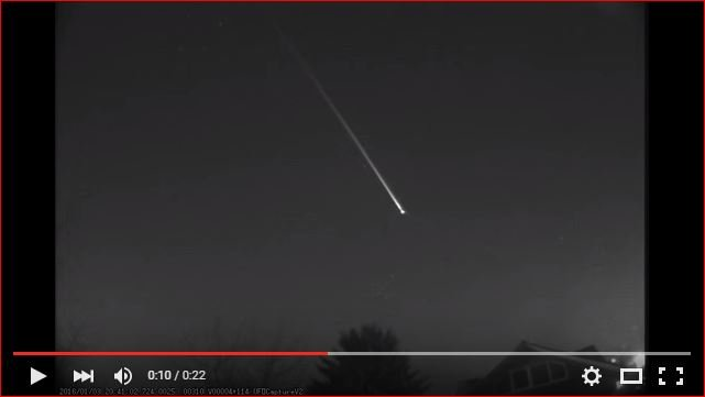 mysterious flying object, mysterious flying object january 2016, mysterious flying object january 2016 video, mysterious flying object video 2016, mysterious flying object january 2016 video russia, What was this mysterious flying object spotted over Ukraine, Belarus and Russia on January 3 2016?