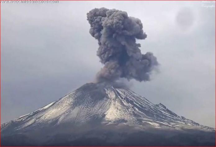 Popocatepetl Volcano eruption, volcano eruption january 2016, volcanic eruption january 2016, Popocatepetl Volcano eruption january 2016
