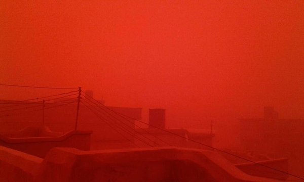 red sandstorm libya, red sandstorm libya january 2016, city turns blood red during sandstorm in Libya, lybia red sandstorm pictures, libya red sandstorm pictures january 2016, The sky turned blood red as a sandstorm engulfed the city of Tobruk in Libya, Tobruk was transformed into an apocalyptical blood red city