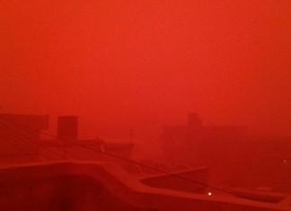 red sandstorm libya, red sandstorm libya january 2016, city turns blood red during sandstorm in Libya, lybia red sandstorm pictures, libya red sandstorm pictures january 2016, The sky turned blood red as a sandstorm engulfed the city of Tobruk in Libya