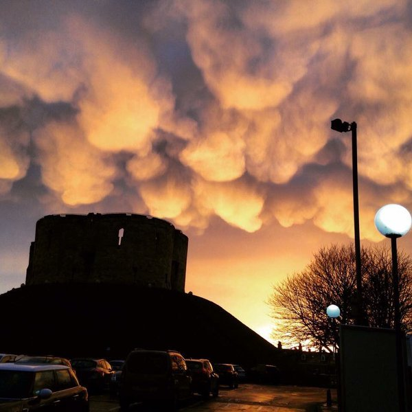 york mammatus clouds, mammatus clouds york england january 2016, mammatus clouds york, mammatus clouds york pictures, mammatus clouds york pictures january 7 2016, york mamma january 2016
