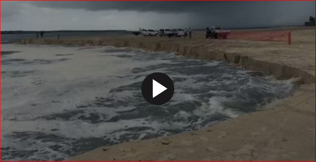 Inskip Point landslide, Inskip Point landslide pictures, Inskip Point landslide video, Inskip Point sinkhole, Inskip Point sinkhole video, Inskip Point sinkhole picture, Inskip Point sinkhole february 2016