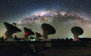Mysterious radio burst pinpointed in distant galaxy, Mysterious radio burst from distant galaxy, source of mysterious radio burst discovered, scientist discover for first time source of mysterious space signals, Mysterious Radio Flash Traced To Distant Galaxy, For the first time astronomers have traced an enigmatic blast of radio waves to its source.
