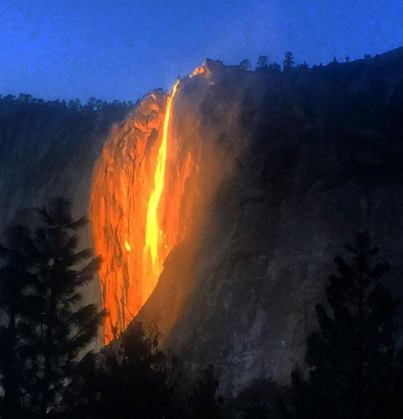 Firefall, firefall Yosemite, Firefall february 2016, firefall Yosemite february 2016, Firefall february 2016 pictures videos, firefall Yosemite february 2016 pictures videos, Horsetail Fall glows orange and red in the setting sun february 2016, Horsetail Fall glows orange and red in the setting sun february 2016 pictures, Horsetail Fall glows orange and red in the setting sun february 2016 video