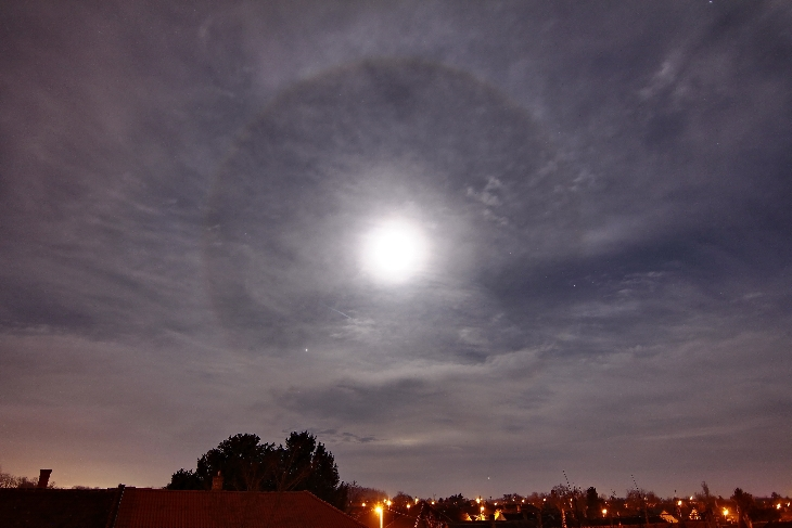 full moon halo gif, snow moon halo, february snow moon pictures, full moon pictures february 2016