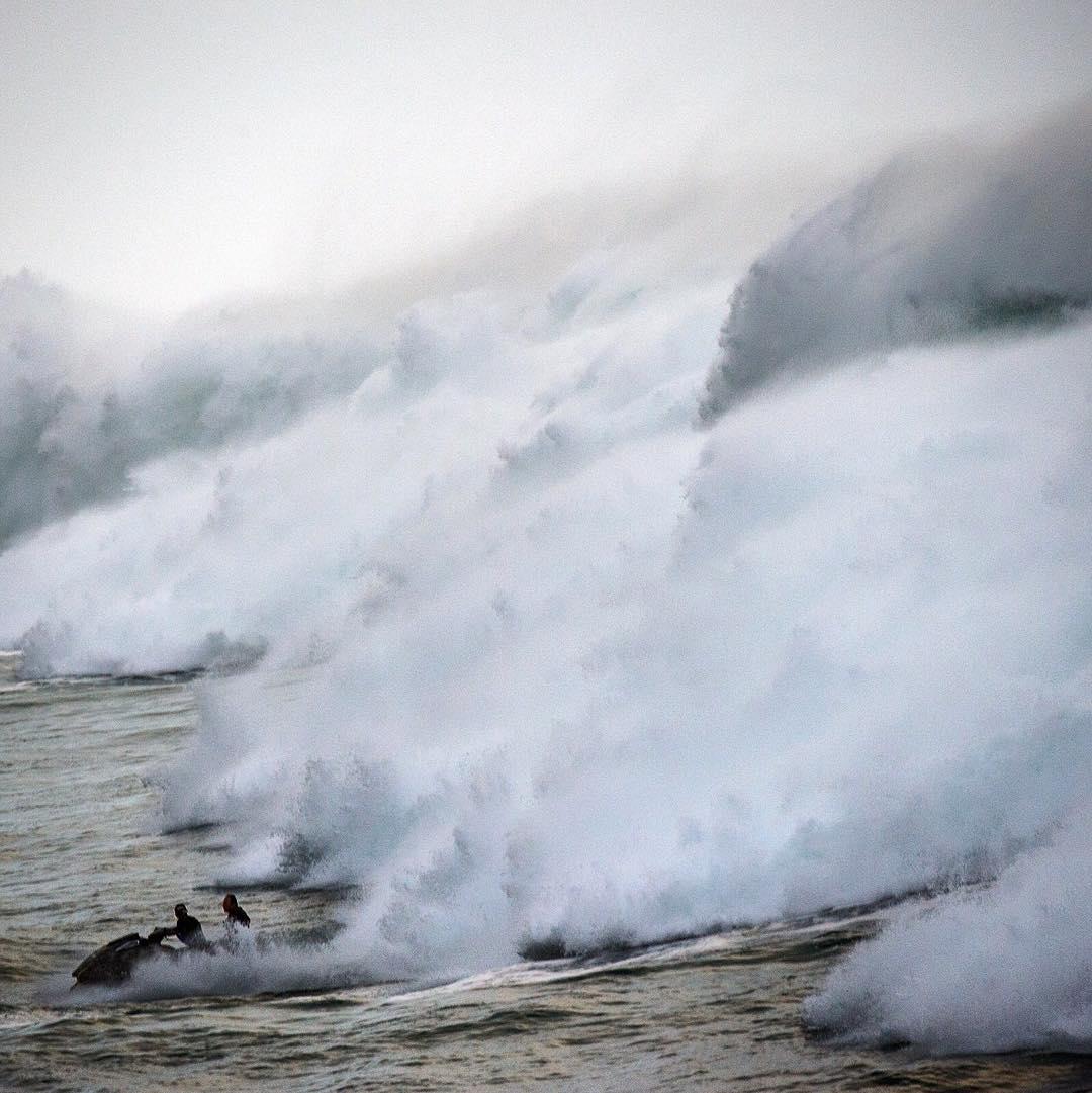 giant wave hawaii, ocean surge hawaii, Giant Waves Lash Hawaii Oceanfront Homes In Historic Surf Event, historic surf event hawaii february 2016, giant wave hawaii pictures, giant wave hawaii video