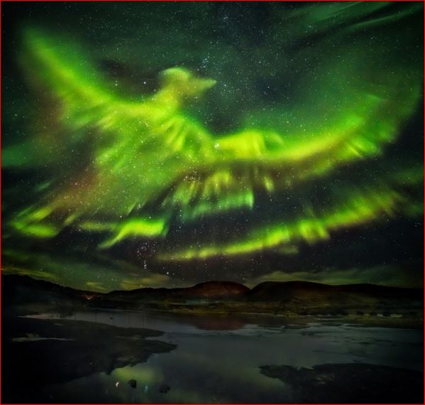 rising phoenix aurora, rising phoenix northern lights, rising phoenix aurora iceland, rising phoenix aurora picture, northern lights ressemble rising phoenix over iceland, rising phoenix over iceland
