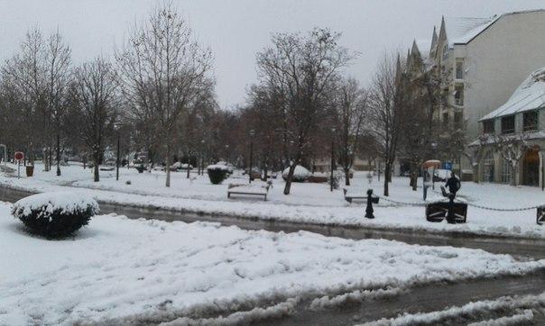 heavy snowfall  ifrane morocco strange sounds