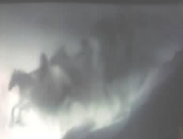 three riders sky, three riders sky malaysia, malaysia three riders sky, three riders sky picture, three riders sky cloud, cloud shaped like three riders sky, cloud with three riders sky form, strange cloud form malysia riders